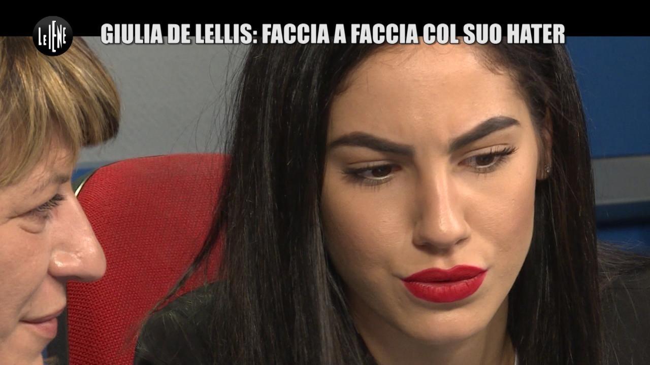 SARNATARO: Giulia De Lellis: faccia a faccia col suo hater