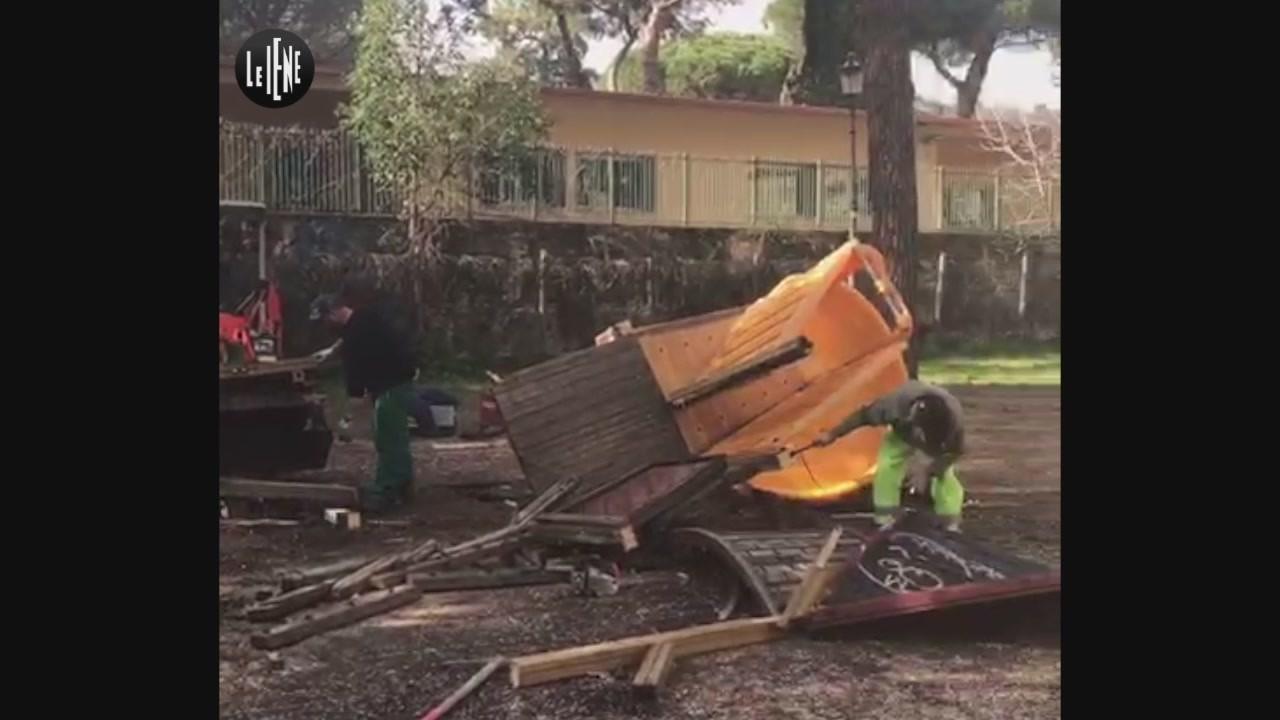 La demolizione dei giochi nel cuore di Roma