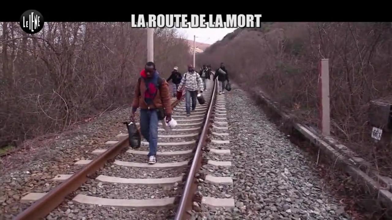 """MIgranti dall'Italia alla Francia, Le Iene sulla """"strada della morte"""": le foto"""