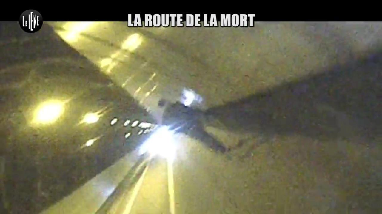 migranti Italia Francia strada della morte Ventimiglia Mentone foto