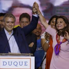 colombia vince ivan duque presidente elezioni ballottaggio gustavo petro farc bambini soldato Popeye pablo escobar