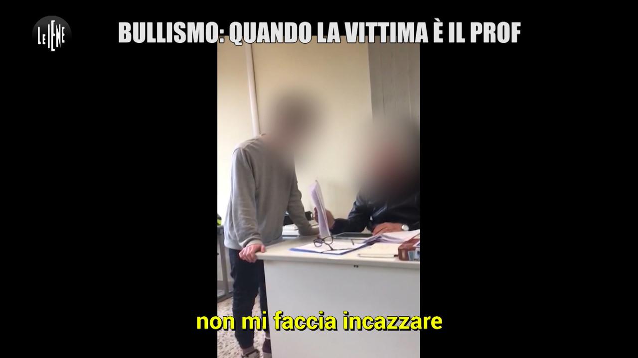 Lucca, bullismo al prof: parla lo studente. Le foto del servizio