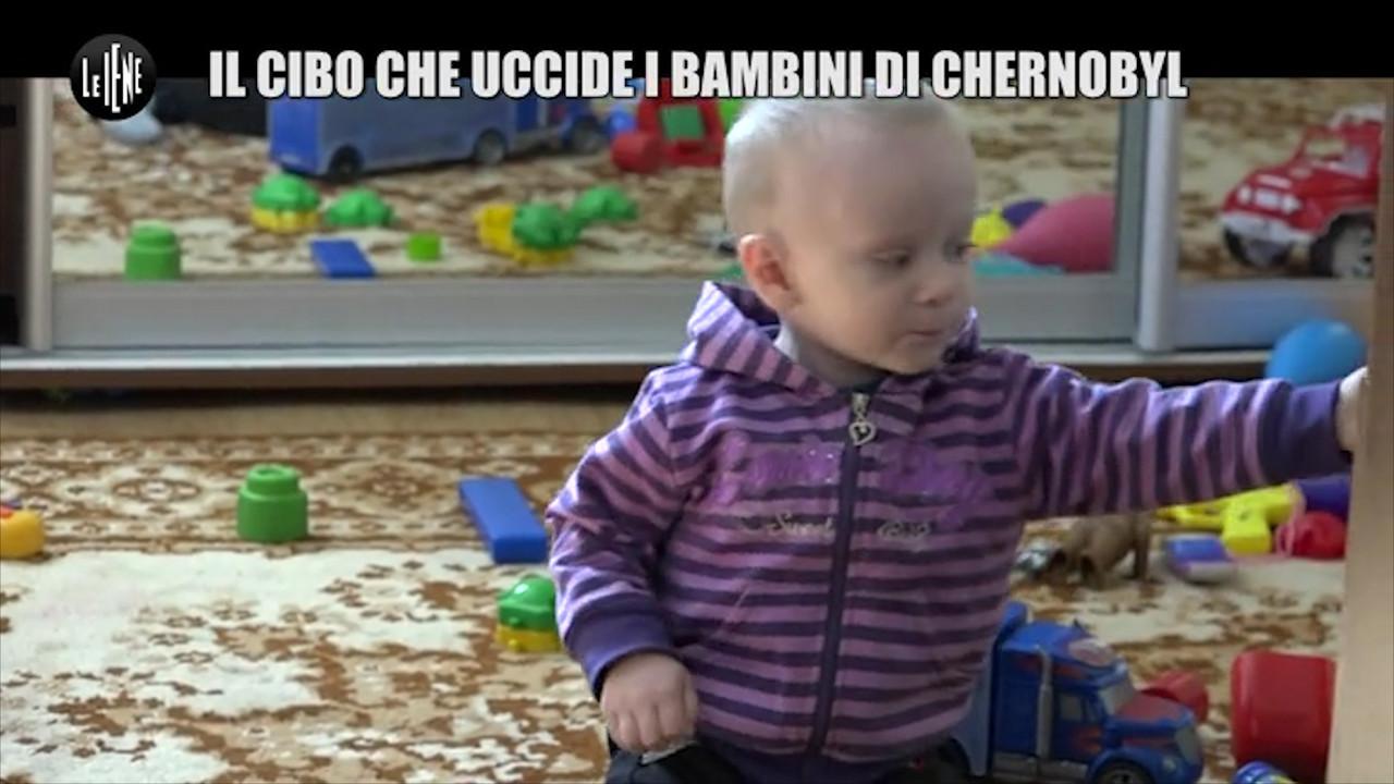 Il cibo che uccide i bambini di Chernobyl: le foto