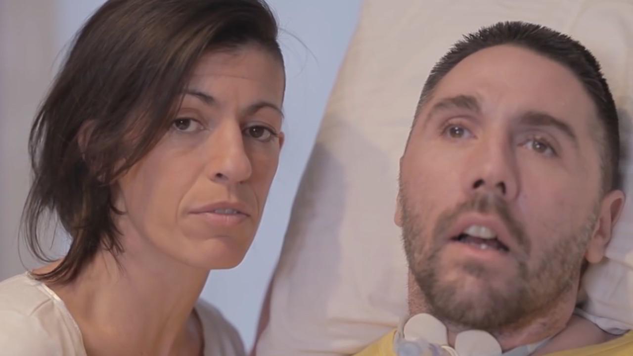 """Dj Fabo, ultimo ring per la compagna Valeria: """"Lui è con me"""""""