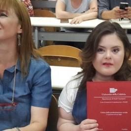 sindrome Down Francesca Pecora laurea laureata Calabria Nicole Orlando Islanda aborti