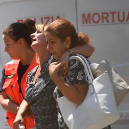 Genova crollo ponte autostrada Morandi A10 vittime video foto
