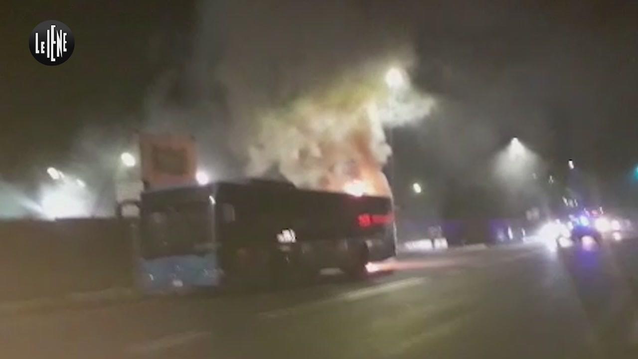 autobus roma incendio atac