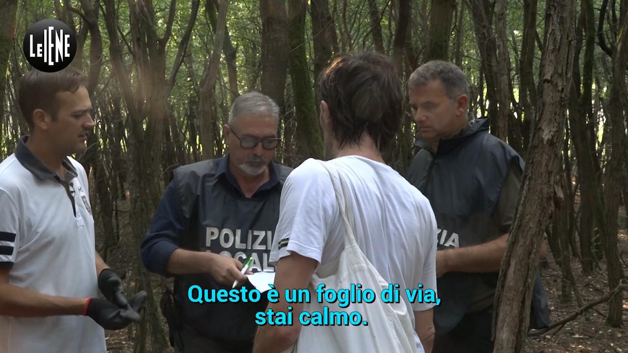 Nel bosco della droga con il sindaco anti-spaccio