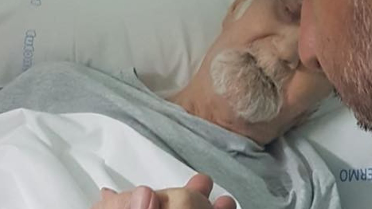Nonno Mariano ricoverato in ospedale, grave, dopo lo sfratto a 90 anni