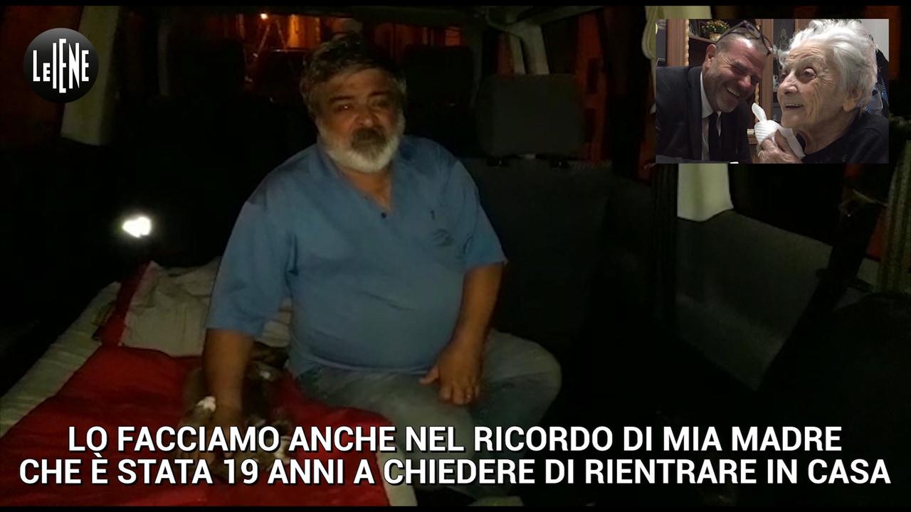Senza casa a 20 anni dal terremoto: in auto nel nome di mamma Fifina | VIDEO