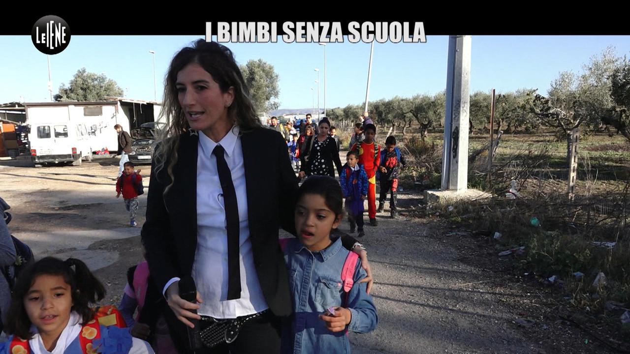 campo rom foggia scuolabus bambini