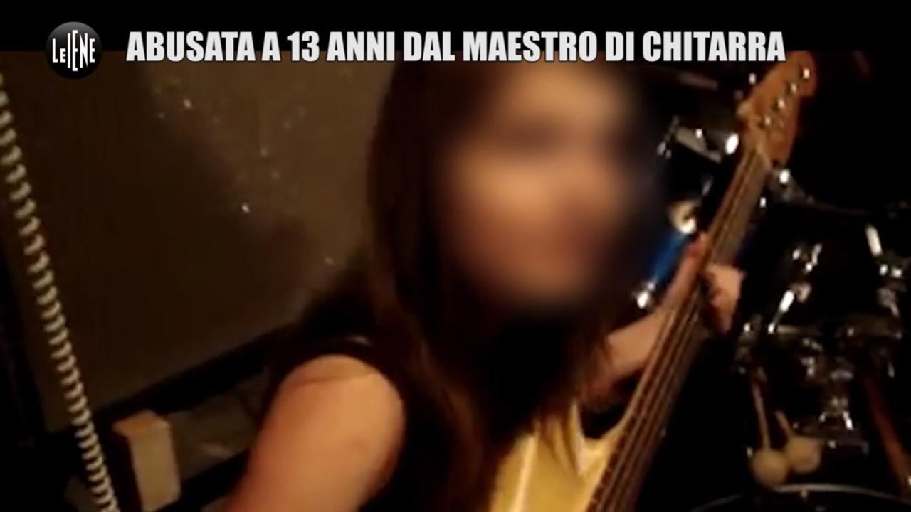 abusi violenza sessuale 13 anni maestro chitarra