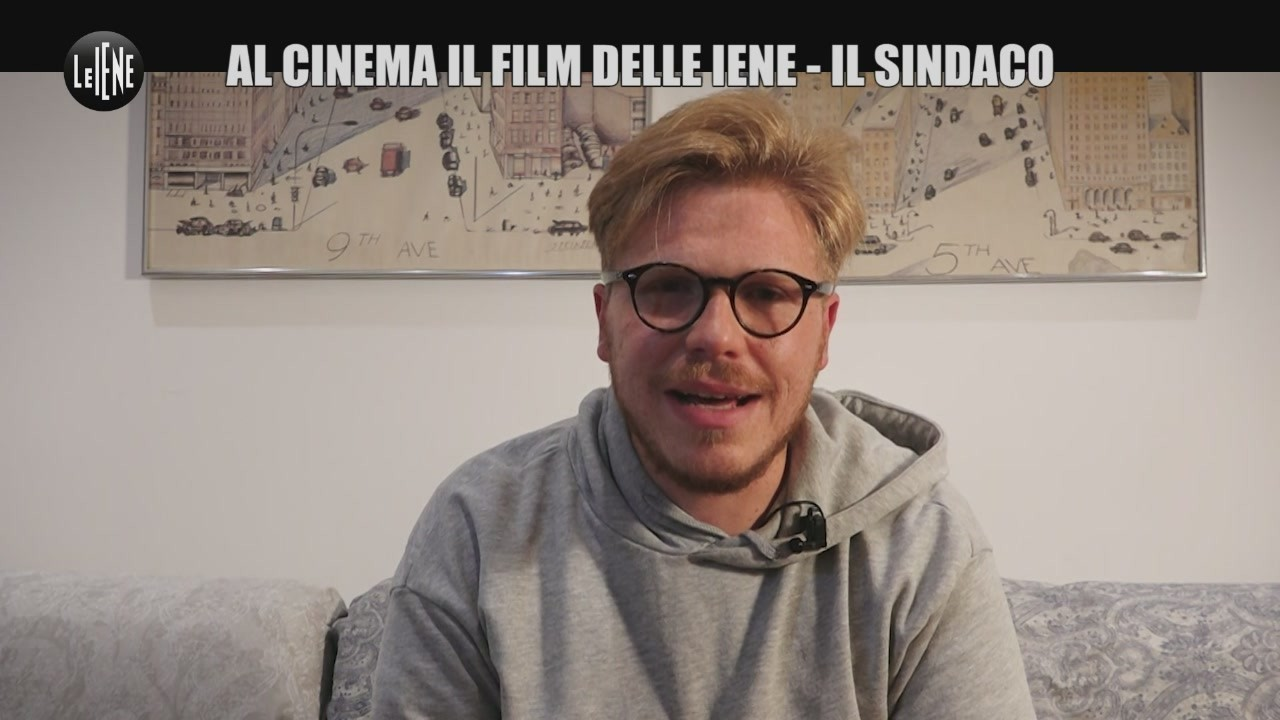 Il sindaco Italian politics for dummies film Iene intervista Ismaele La Vardera video