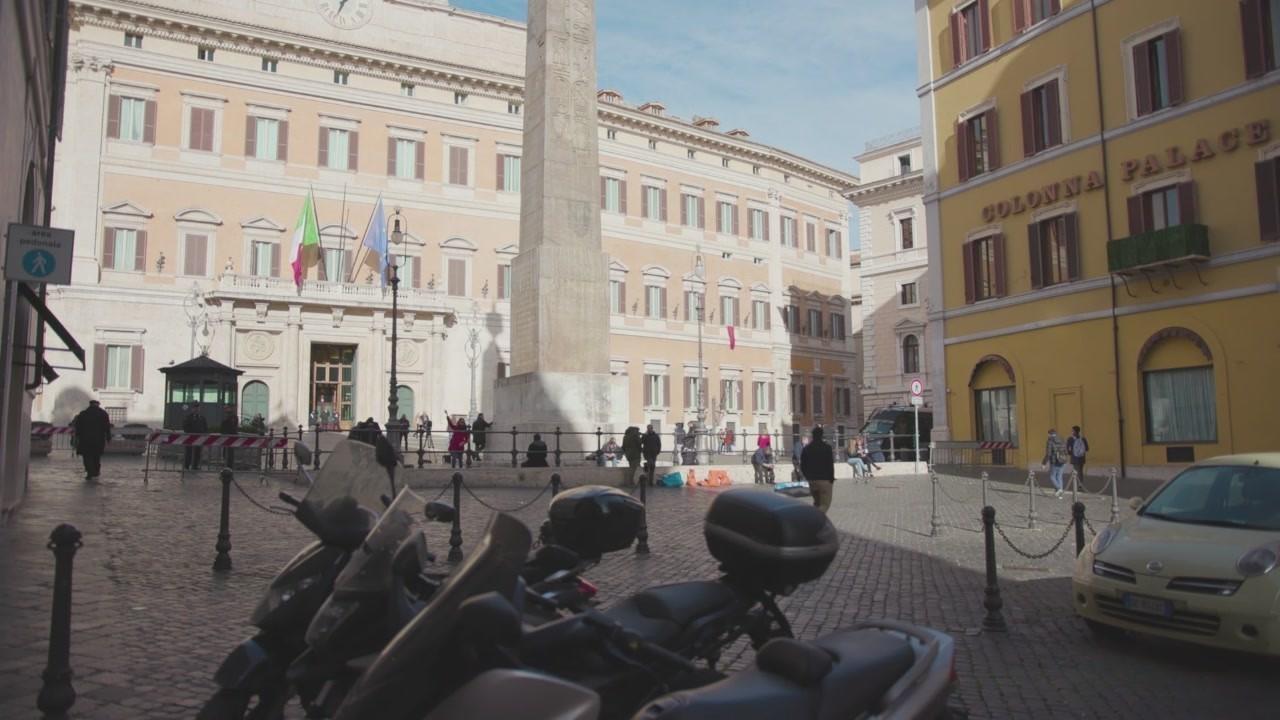 Il sindaco Italian politics for dummies film Iene Ismaele La Vardera Matteo Salvini