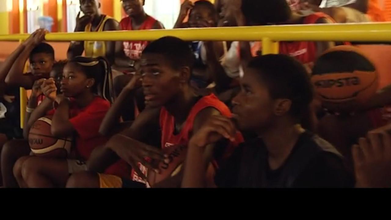 Basket: figli di migranti vincono nella terra dei boss | VIDEO