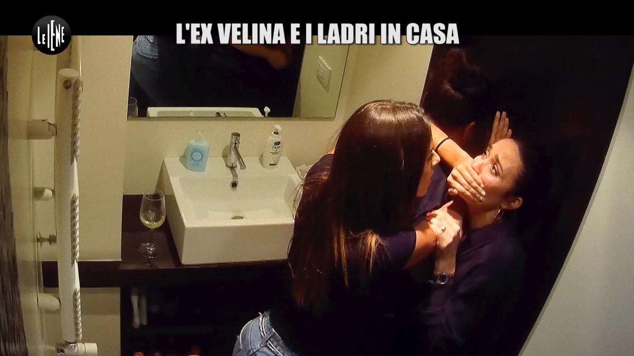 scherzo velina Alessia Reato ladri casa Gazzarrini