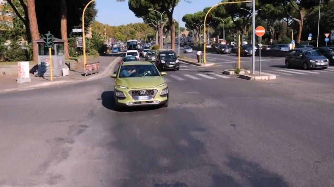 Buche a Roma: arrivano i soldi ma non i soldati