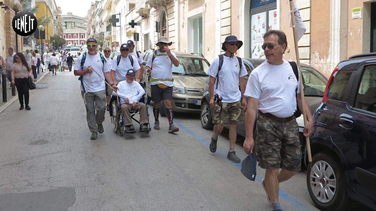 L'appello degli ex scout di Bari: le foto