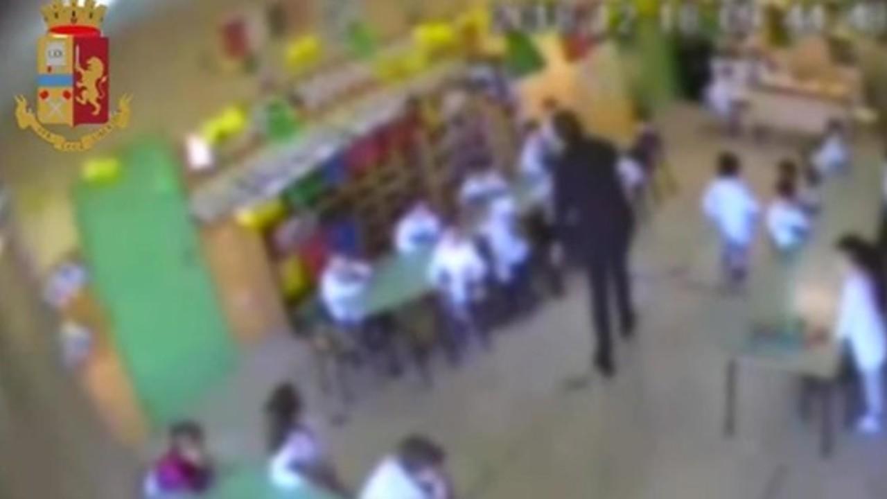 Bambini picchiati all'asilo: altre due maestre sospese