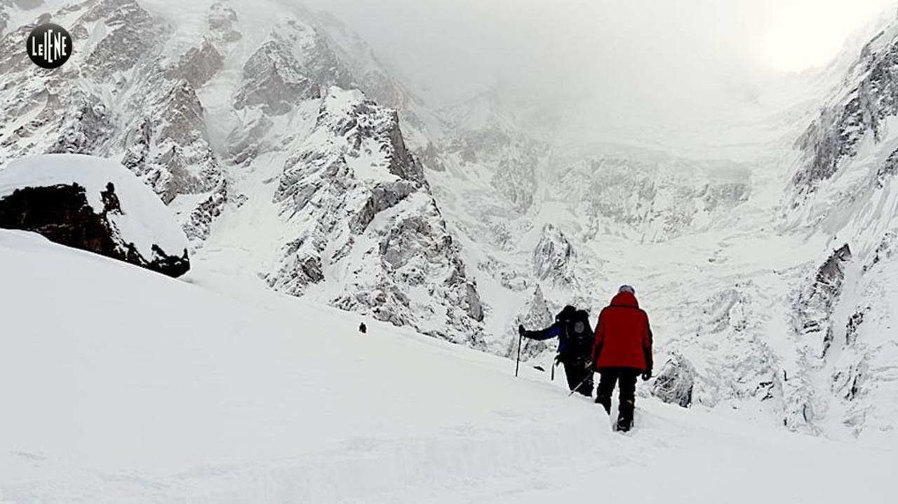 Freddo e neve alta non ci fermeranno: le foto di Daniele Nardi