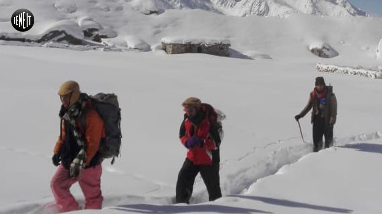 Valanghe e terremoto, le nuove foto della missione di Daniele Nardi