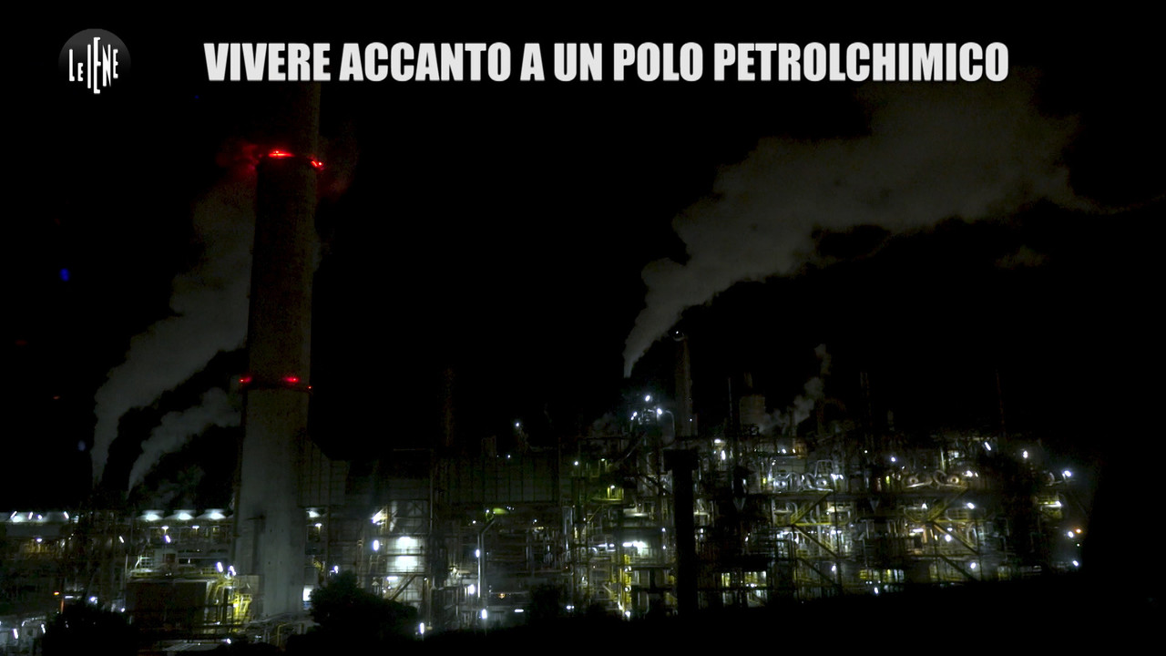 Cancro e morti: vivere accanto al Petrolchimico | VIDEO