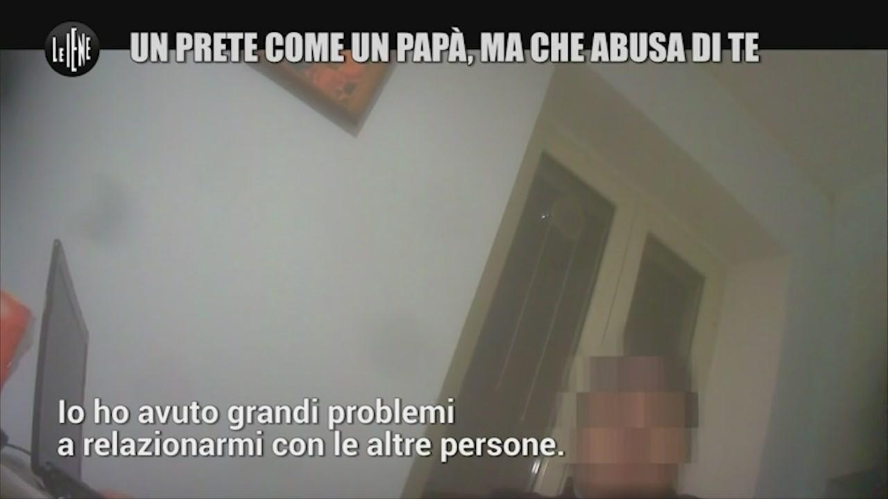 prete pedofilia cani bambino abusi sesso prescrizione chiesa