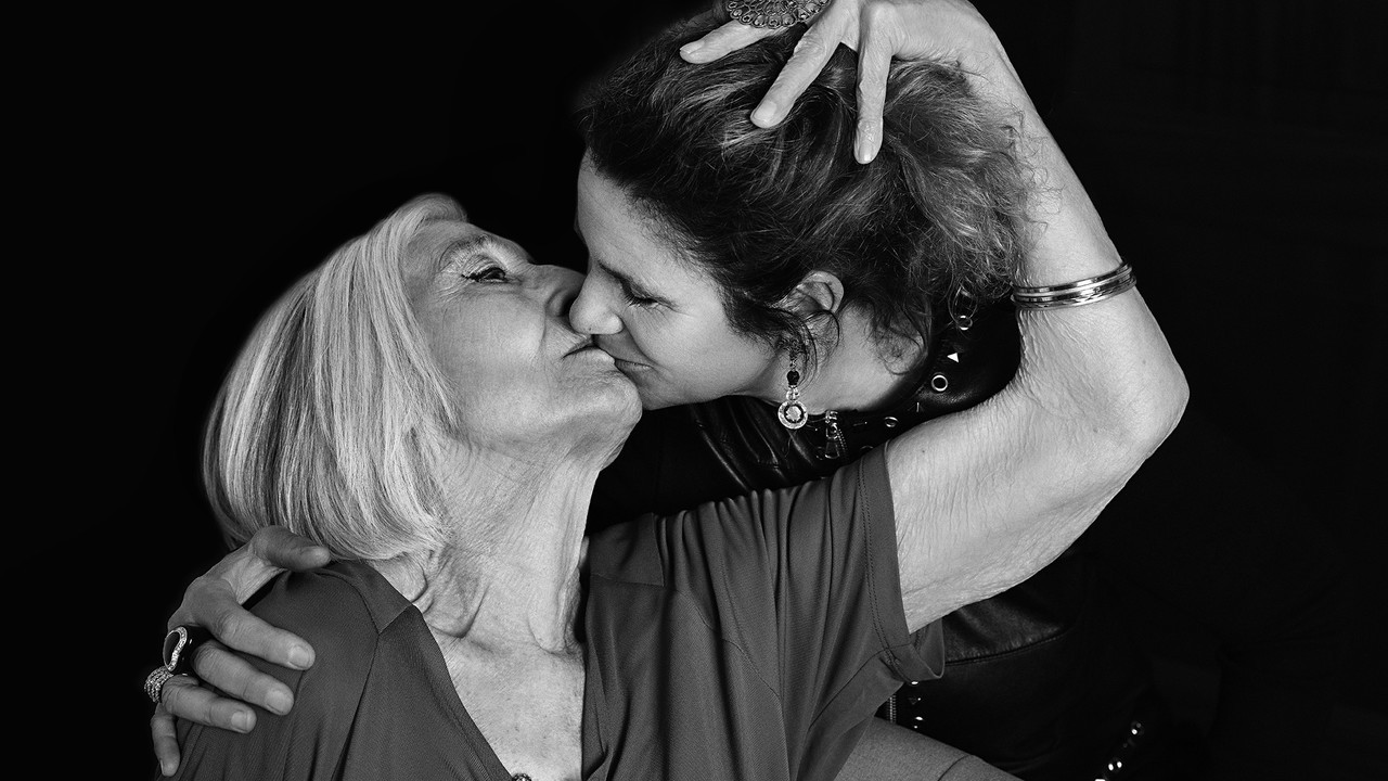 La Nonna di Instagram e le sue foto all'asta: raccolti 2.000 euro