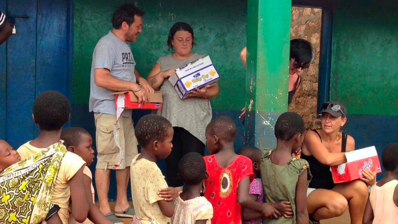 tiziana beltrami africa milele bambini pacchi foto gallery