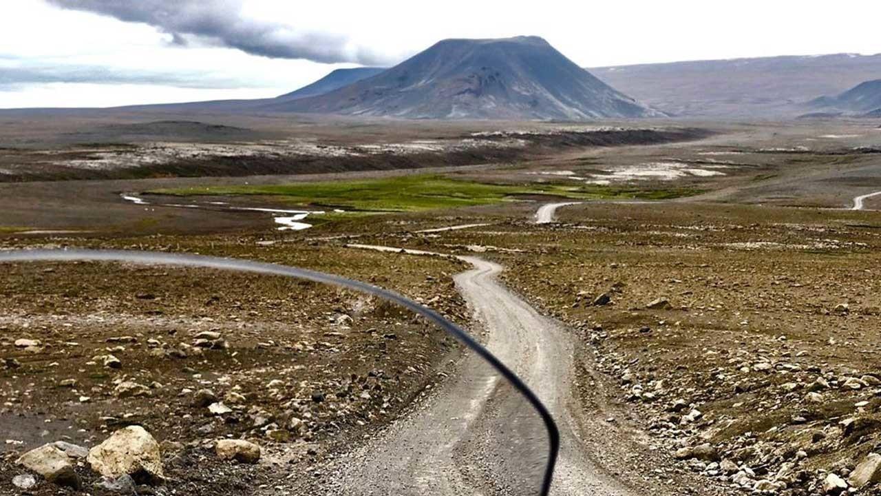 Ecco i bellissimi posti che Matteo Viviani sta attraversando nella sua avventura in Islanda!