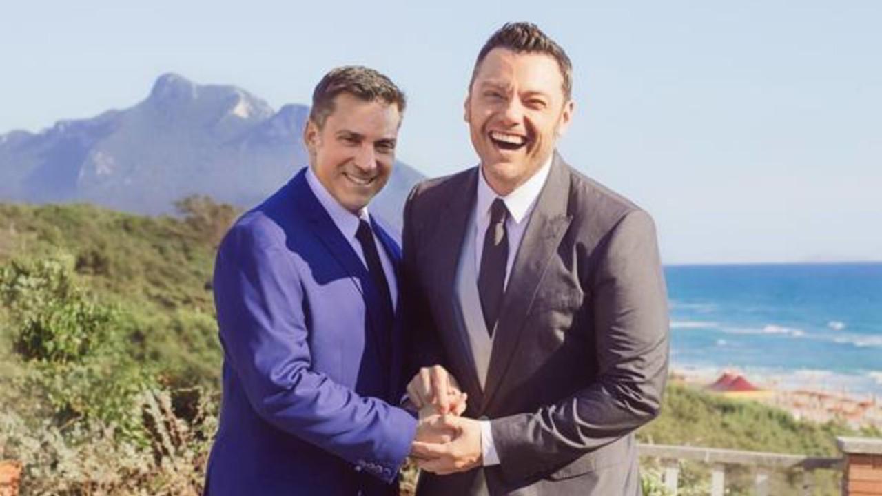 """Tiziano Ferro sull'omosessualità: """"Mi sono sentito uno su tremila"""""""