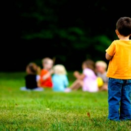 autismo bambino abbandonato famiglia