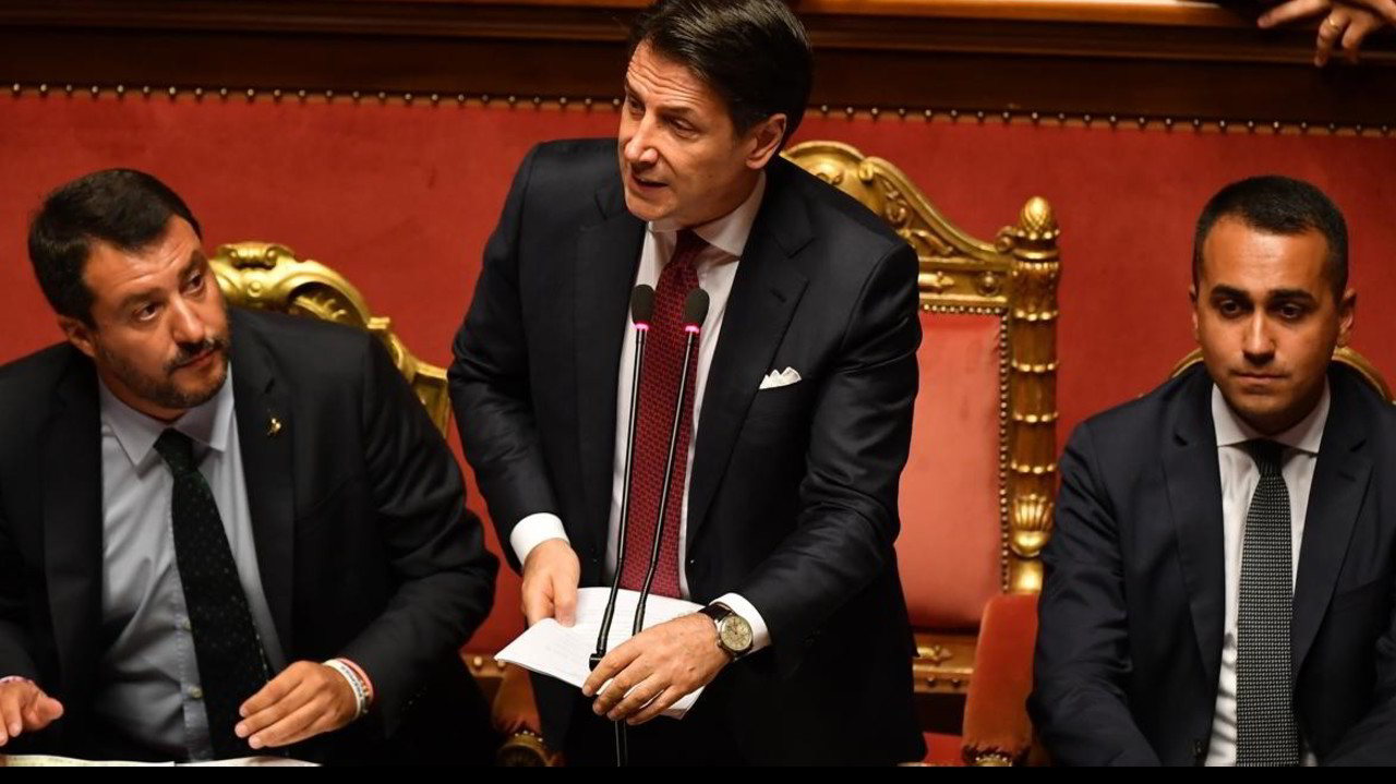 """Crisi, Conte attacca Salvini in Senato: """"Governo finito, mi dimetto"""""""