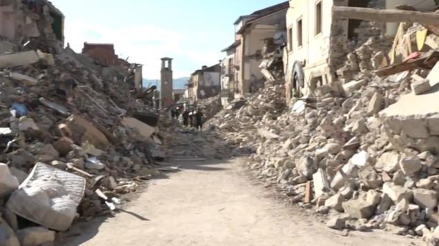 Amatrice, 3 anni dopo il terremoto: la ricostruzione che non c'è e le macerie