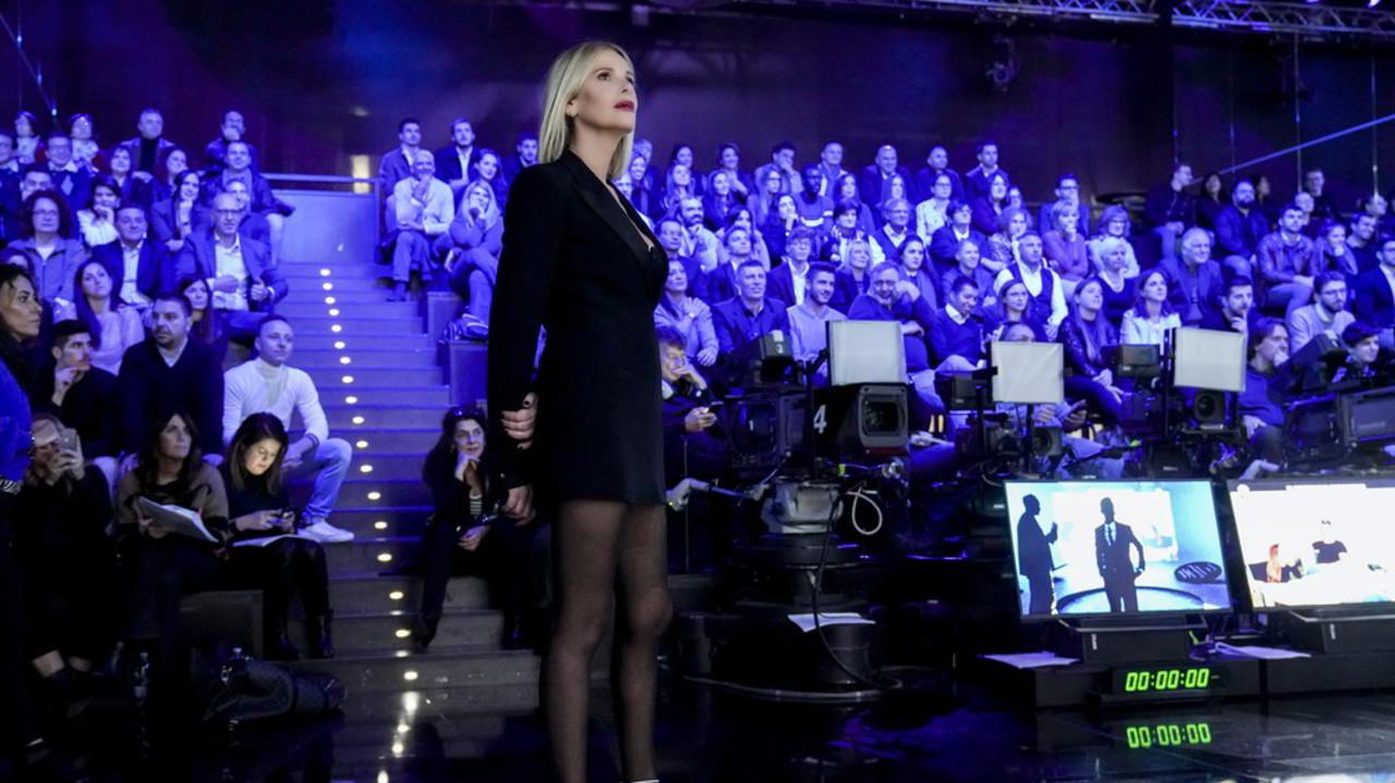 12 novembre: le foto della puntata