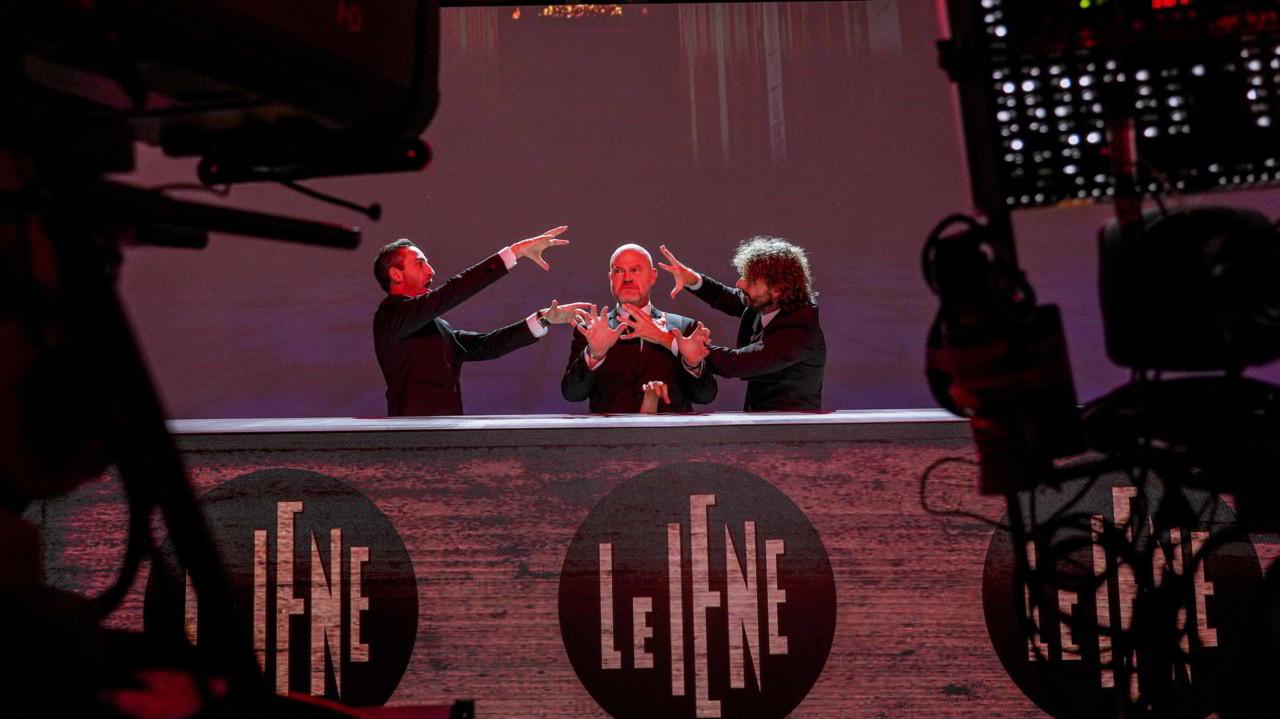24 novembre: le foto della puntata