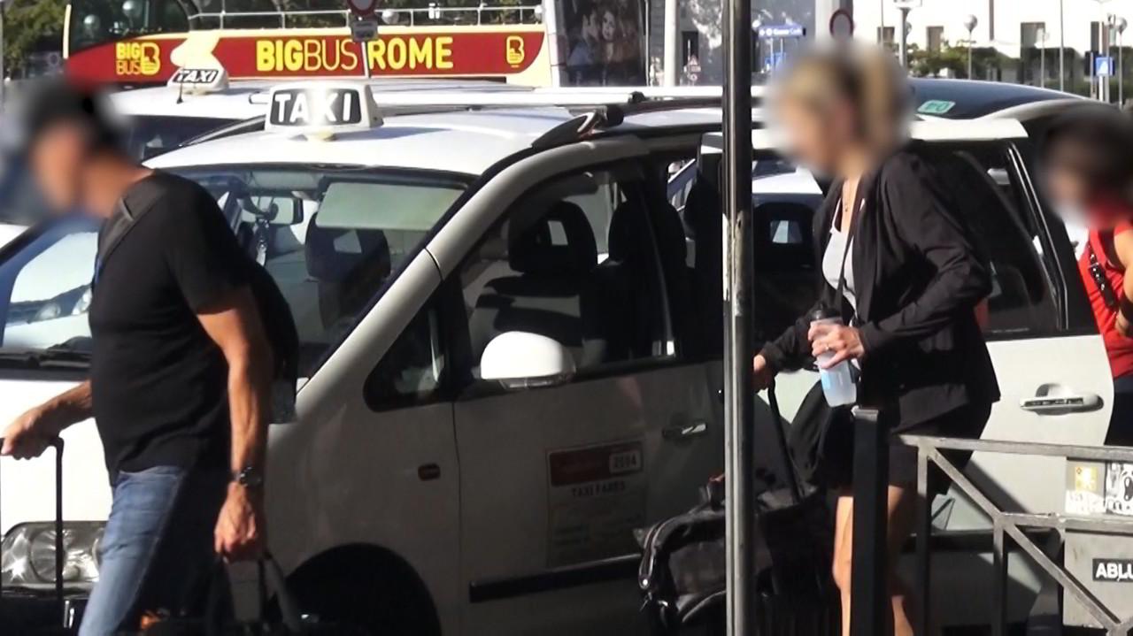 Taxi di Roma, giro di vite dopo Le Iene: 3 sospesi e 13 multati