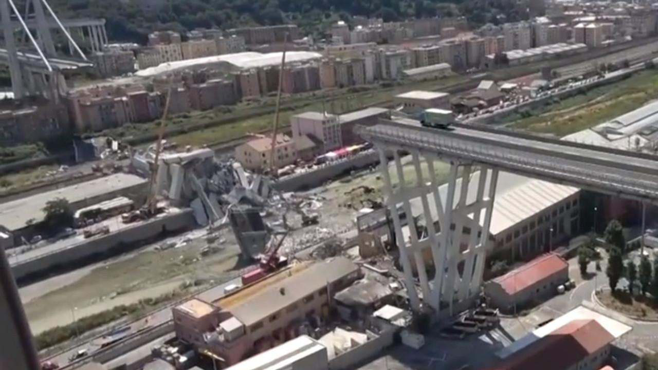 A7 Genova-Milano, ispettore del Mit: c'è un ponte da rifare
