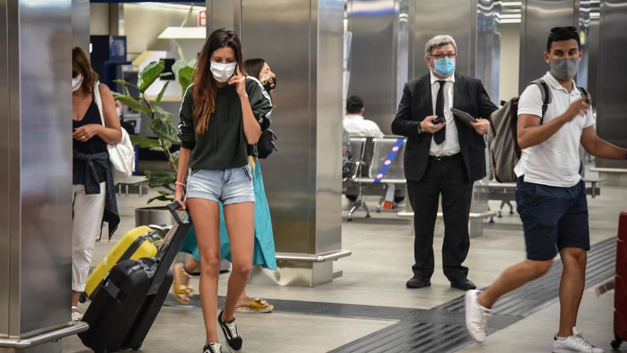 Italia circondata da paesi dove corre il coronavirus: come ci proteggiamo? | I DATI