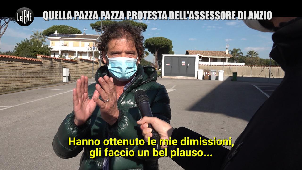 Assessore Anzio protesta