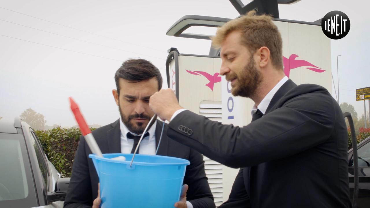 Corti Onnis sfida pulizia auto