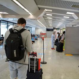 controlli aeroporto londra variante mutazione covid-19