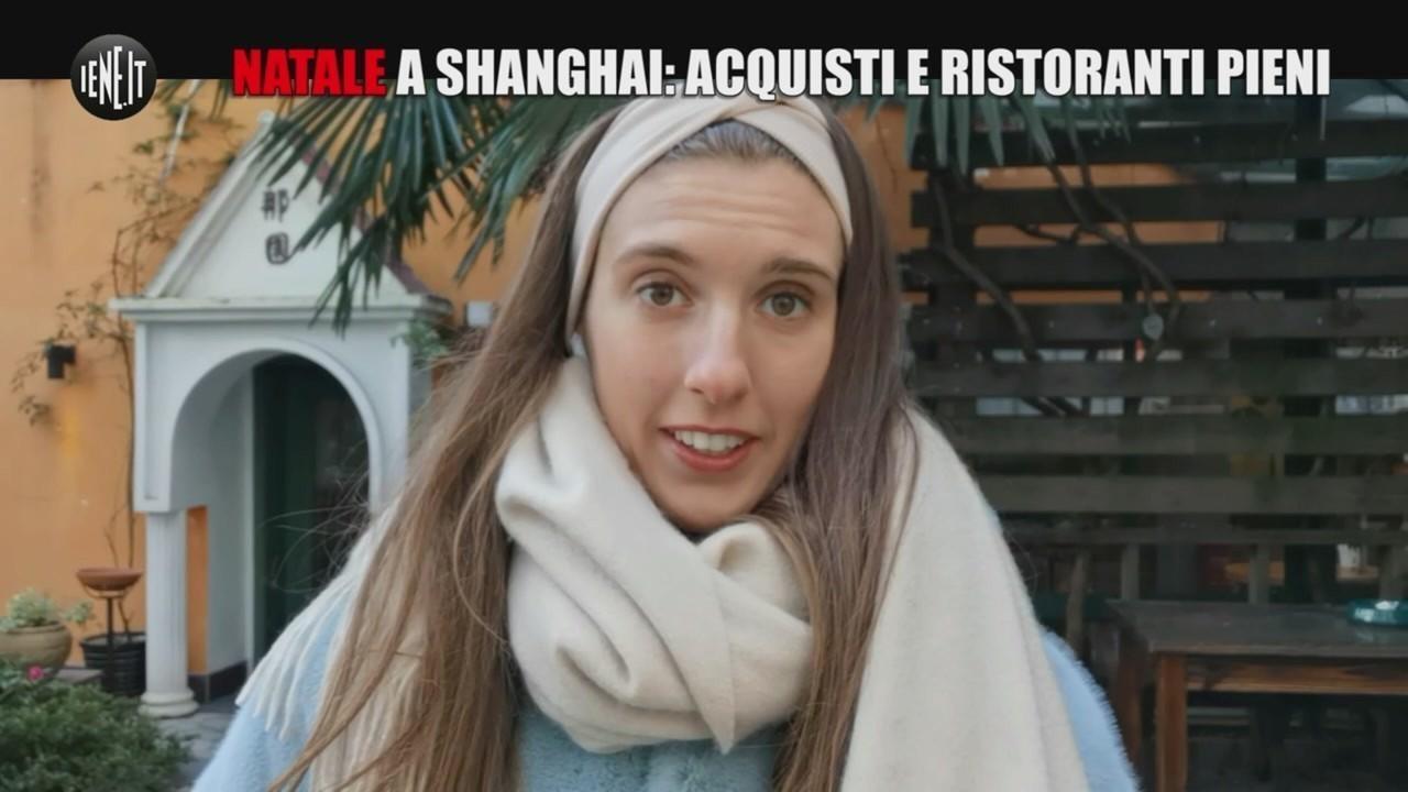 Natale Shanghai acquisti ristoranti pieni