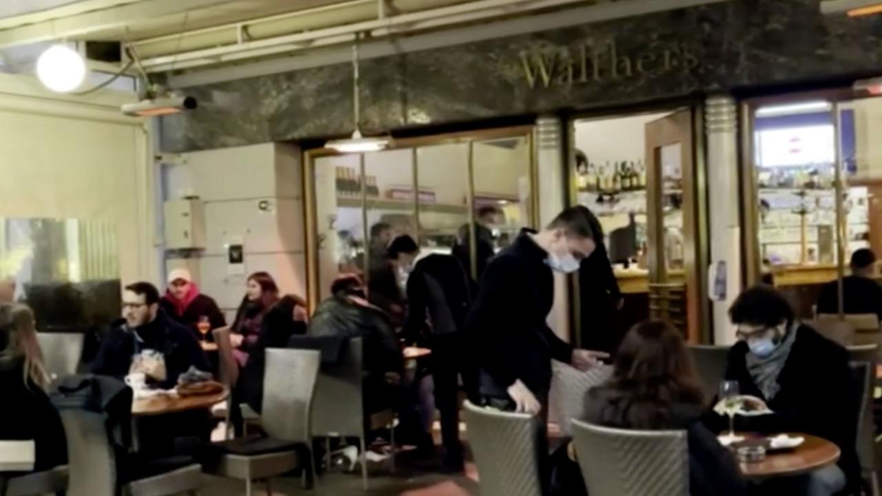 Bolzano: ristoranti aperti la sera ma per l'Europa è rosso scuro