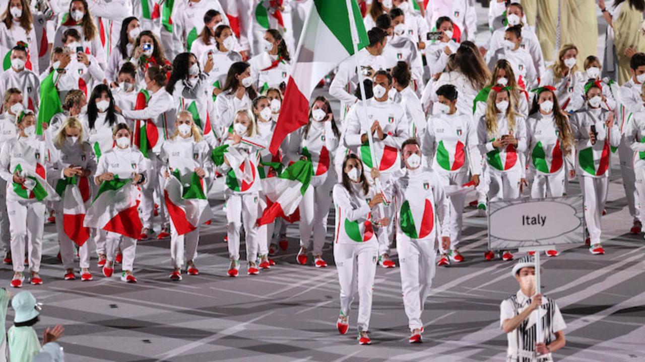 Via alle Olimpiadi di Tokyo: i numeri e le medaglie dell'Italia   VIDEO