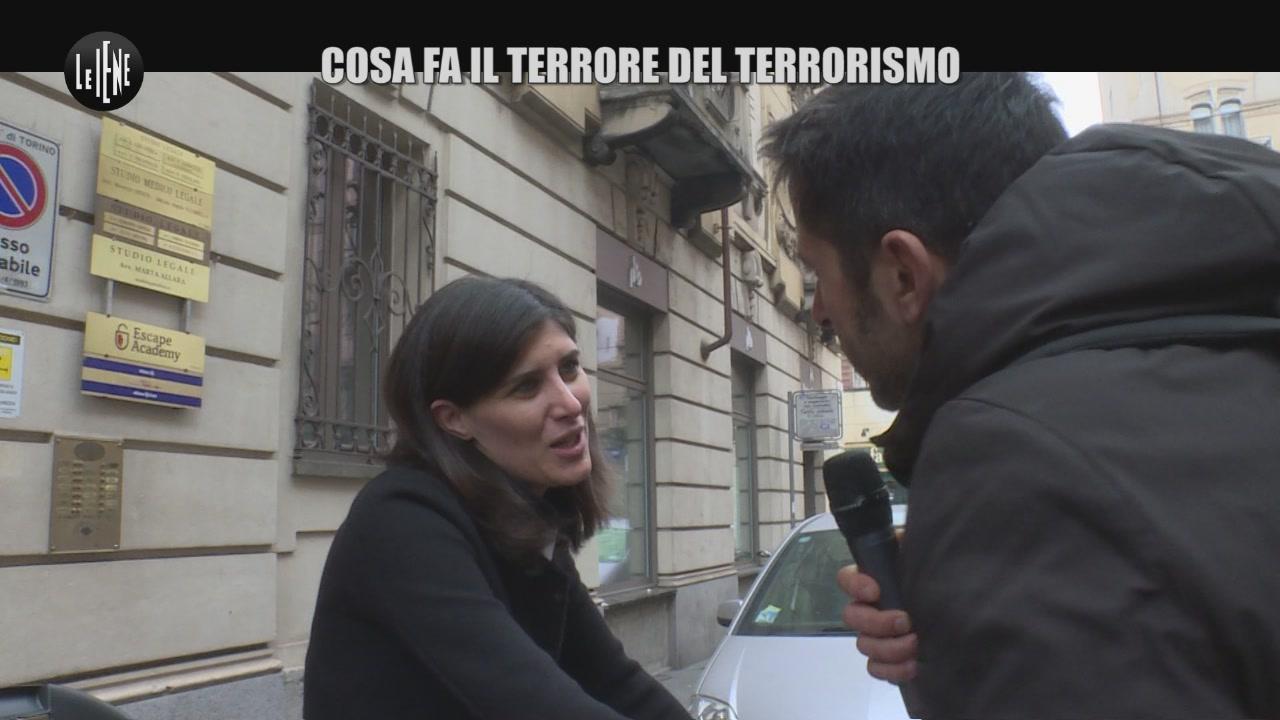 TRINCIA: Che cosa fa il terrore del terrorismo