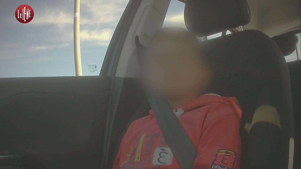 TOFFA: Italia, Bari: bambini in vendita