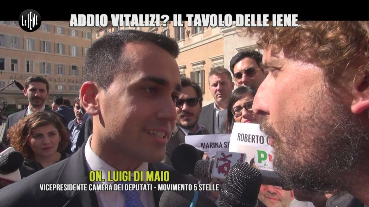 ROMA: Addio vitalizi? Il Patto delle Iene