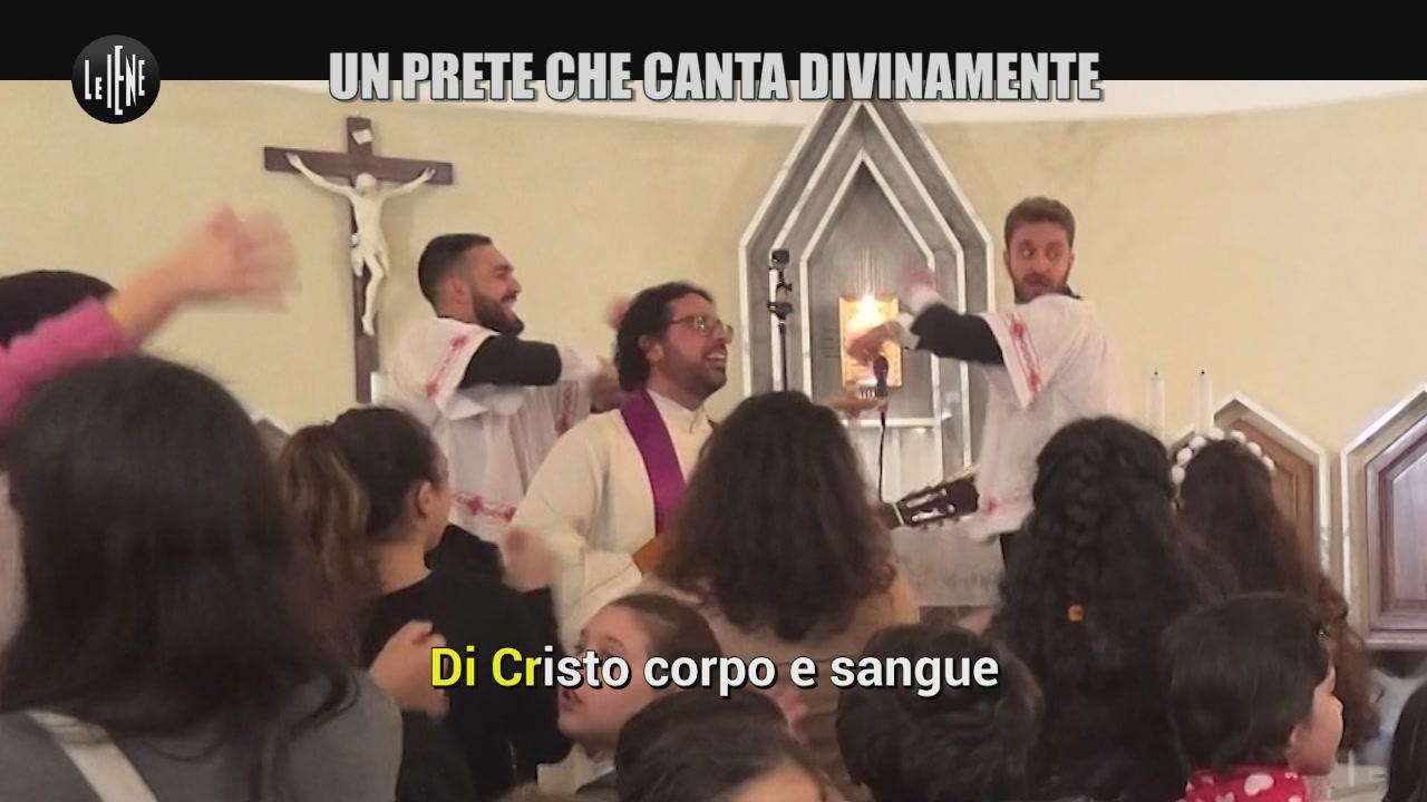 CORTI E ONNIS: Un prete che canta divinamente