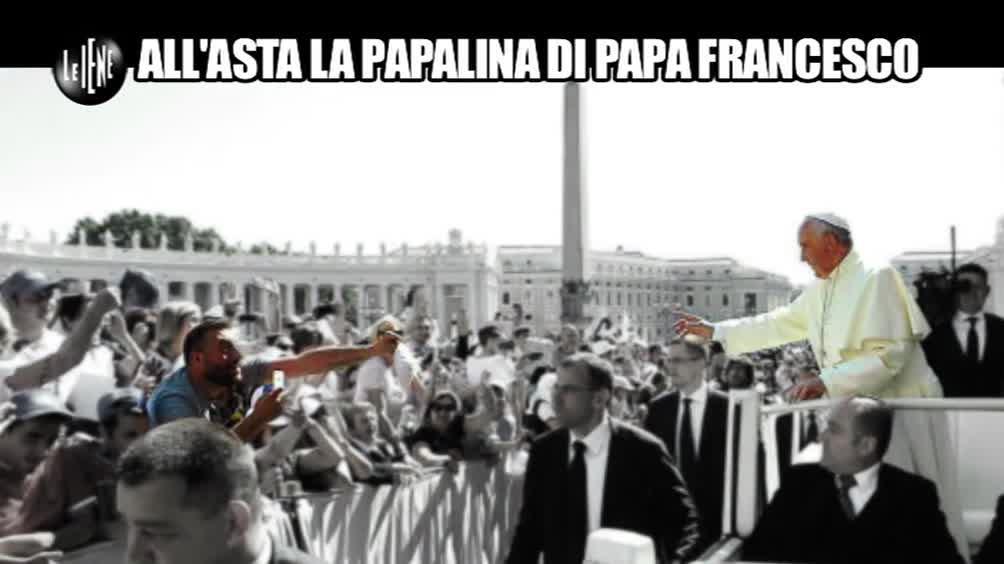 All'asta la papalina di Papa Francesco